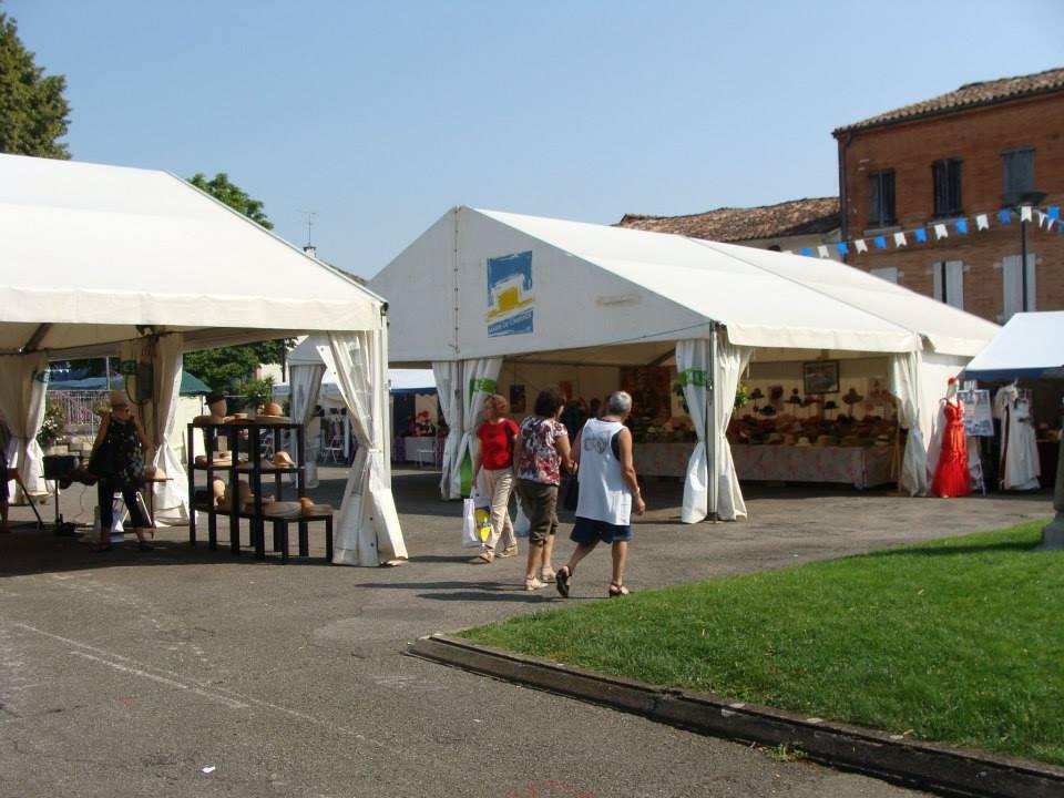 Tentes d'exposition Caussade 2013