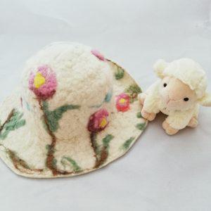 capeline en laine feutrée naturelle