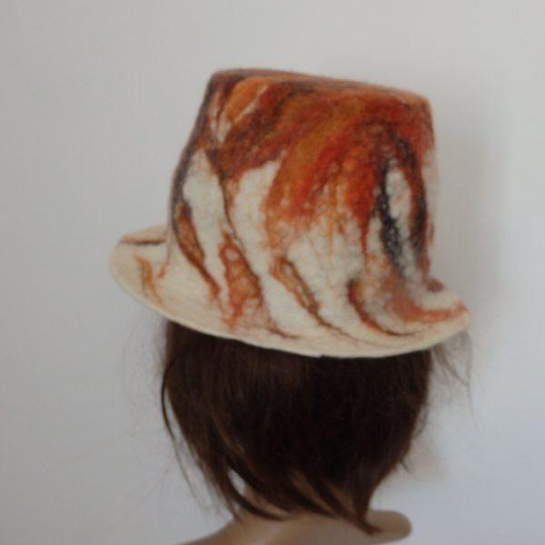 chapeau de dos